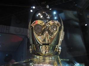 Анонсирована разработка умного робота-переводчика